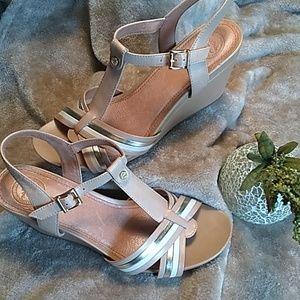 NEW Nurture T-Strap Wedge sandal